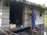 Kondisi rumah penerima  listrik gratis. Foto: bengkaliskab.go.id