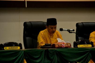 Ketua DPRD Inhil H Dani M Nursalam saat memimpin pelaksanaan Rapat Paripurna Istimewa Milad ke 52 Kab Inhil