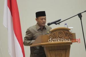 Juru Bicara Fraksi Partai Demokrasi Indonesia Perjuangan (PDIP) Samino saa menyampaikan pandangan fraksi