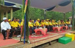 Unsur Forkopimda dan Sejumlah pejabat mengikuti rangkaian pembukaan Festival yang dilaksanakan di kuala getek kec batang tuaka Inhil, sabtu 29 juli 2017