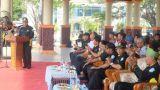 Bupati Inhil HM Wardan saat memberikan sambutan saat menghadiri peringatan HUT ke 18 Granat dilapangan jalan Gadjah Mada Tembilahan, Senin (6/11/2017)