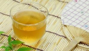 10 Khasiat Rutin Minum Air Hangat Dan Madu Di Pagi Hari Www Detikriau Org